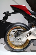 2016 Honda CBR1000RR SP Fireblade Review / Specs / HP TQ / Price / Brembo Brakes / Ohlins Forks Suspension