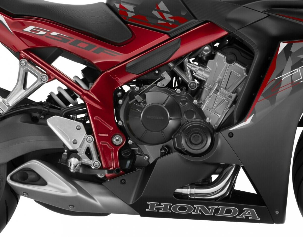 2016-honda-cbr650f-review-specs-sport-bike-motorcycle-cbr-650-sportbike- (5)