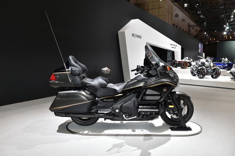 2016 Honda Gold Wing Review / Specs - 1800cc Touring MotorcycleHonda-Pro Kevin