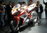 2017 Honda CBR250RR Review / Specs - CBR 250 RR Sport Bike Motorcycle Release Info: Horsepower, Performance Numbers, Colors, Weight