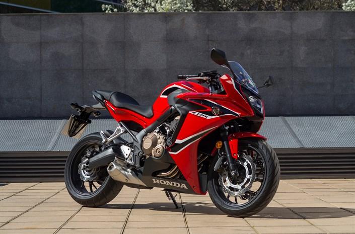 2018 Honda CBR650F Review of Specs & Changes - CBR Sport Bike HP & TQ Performance Info, Price, Colors