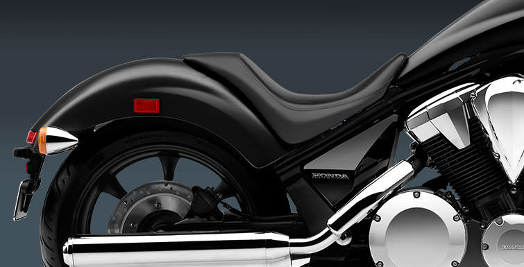 2017 Honda Fury 1300 Motorcycle Review / Specs - Chopper, Cruiser Bike