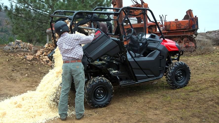 2018 Honda Pioneer 700-4 Review / Specs - Side by Side ATV / UTV / SxS / Utility Vehicle