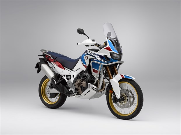 2018 Honda Africa Twin Adventure Sports DCT Automatic Motorcycle / Review & Specs