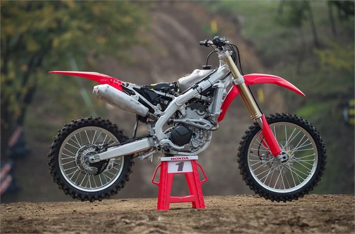2018 Honda CRF250R Review / Specs | Engine & Frame Stripped Down | CRF 250 R Dirt / Race Bike - Motocross / Supercross