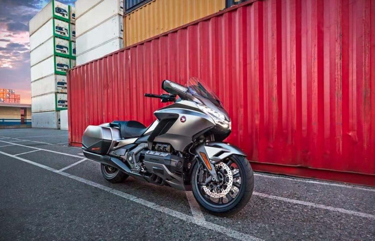 2018 Honda GoldWing + F6B Pictures Leaked / Changes & Specs Update