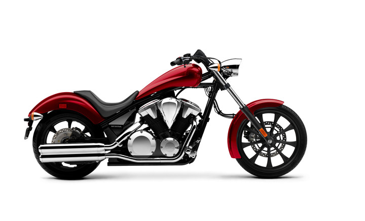 2018 Honda Fury 1300 Review / Specs - Chopper Motorcycle - Candy Red