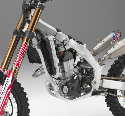 2019 Honda CRF450RWE Review / Specs VS CRF450R Differences Comparison