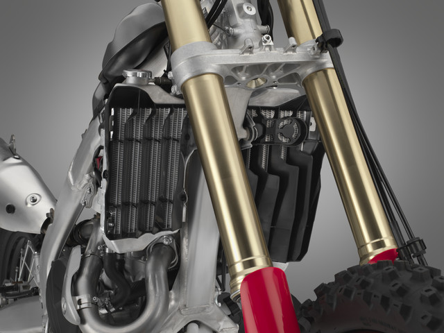 2019 Honda CRF450X Review / Specs | Motorcycle & Dirt Bike Buyer's Guide: CRF450X Price, Release Date, HP & TQ Performance Info + More!