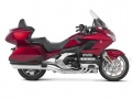 2019 Honda Gold Wing Tour DCT Review / Specs | GL1800 Touring Motorcycle Buyer's Guide - Candy Ardent Red