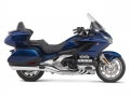 2019 Honda Gold Wing Tour Specs Review: Changes, Colors, Price, Release Date + More! | Pearl Hawkseye Blue