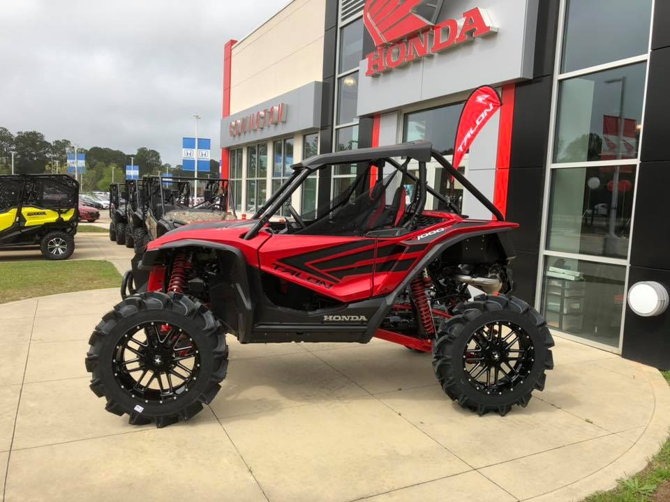 "Custom 2019 Honda Talon 1000 / 1000R on 20"" Wheels & 35"" Mud Tires 