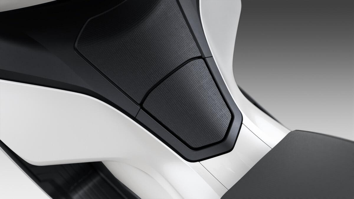 2021 Honda PCX Scooter Review / Specs | NEW Fuel Lid