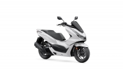 2021 Honda PCX Scooter Review / Specs + NEW Changes Explained!