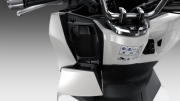 2021 Honda PCX Scooter Review / Specs | NEW Storage Compartment + USB