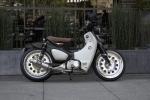 Custom Honda Super Cub 125 build by Steady Garage | SEMA