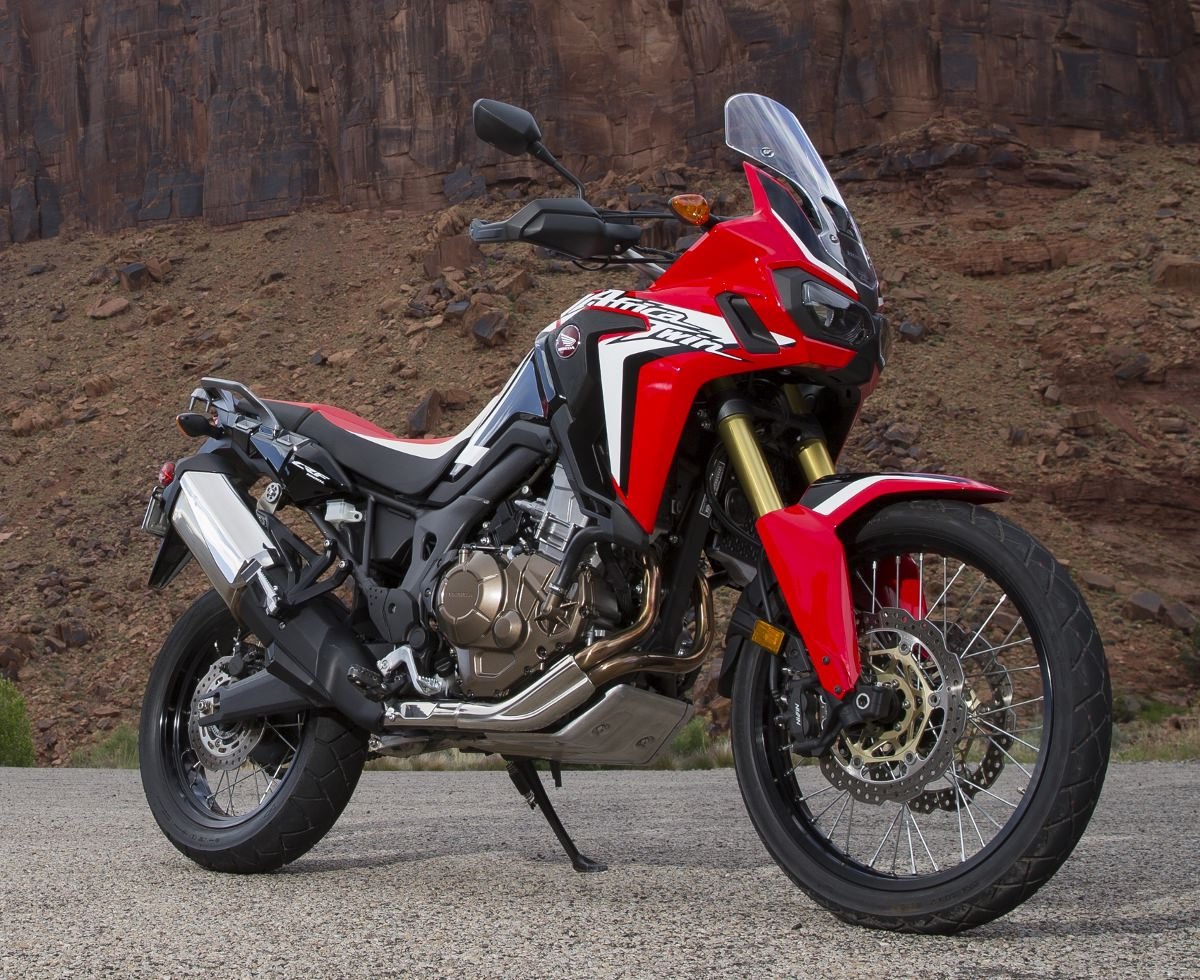 new 2016 honda africa twin pictures released adventure. Black Bedroom Furniture Sets. Home Design Ideas