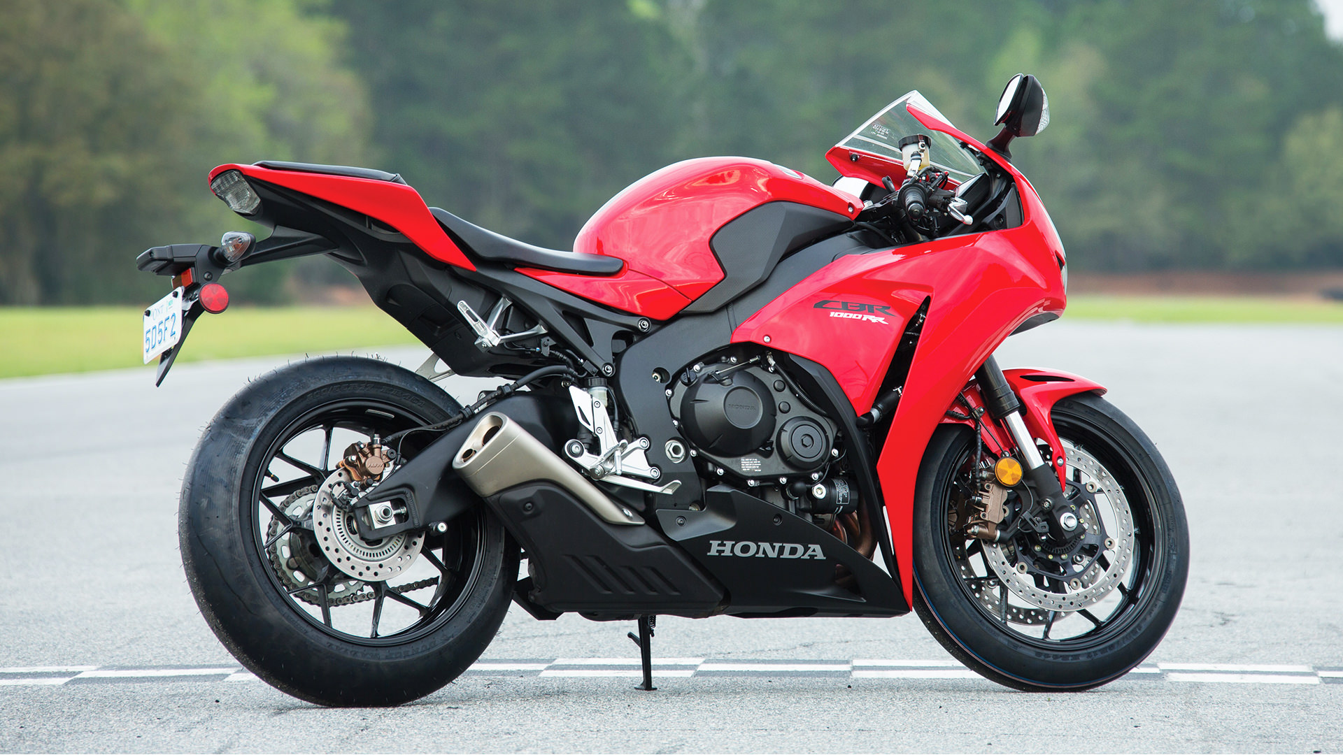 2015 Honda Cbr1000rr Review Specs Pictures Videos Pro Wiring Diagram 2004 From To Date The Cbr1000rrs Story Is One Of Constant Evolution And Development Hondas Total Control Concept A Design Philosophy Running