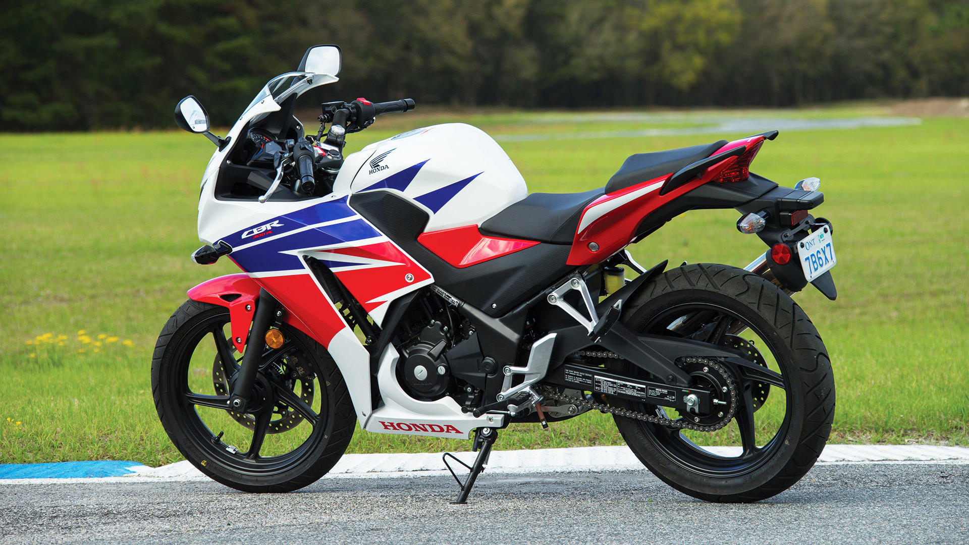 2015 Honda Cbr300r Review Specs Pictures Videos Pro Kevin Wiring Diagram Of Livo