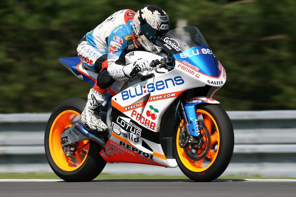 Honda CBR600RR 140 hp Moto2 Race Bike Engine / CBR SuperSport SportBike 600 RR