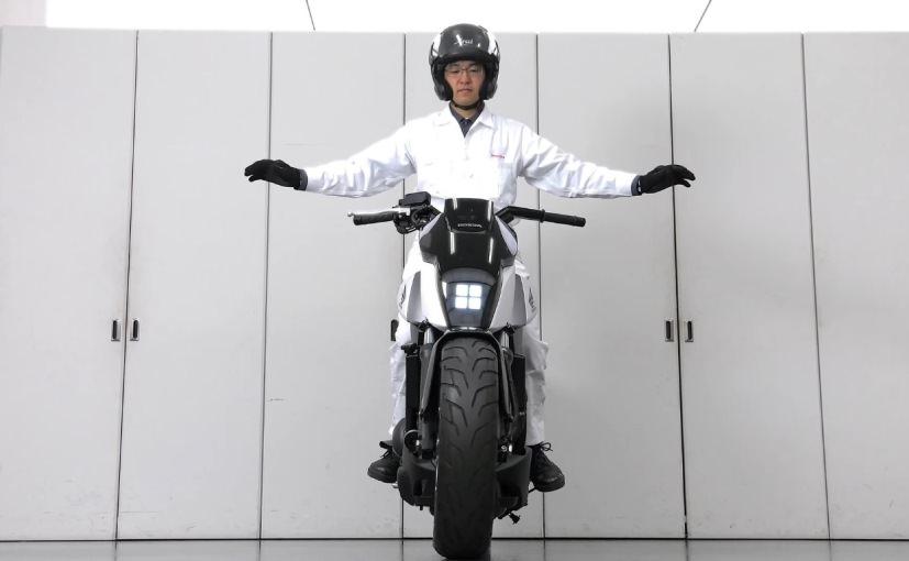 Honda CTX 700 Motorcycle / Self-Balancing Bike - Honda Riding Assist - CTX700 / CTX700N