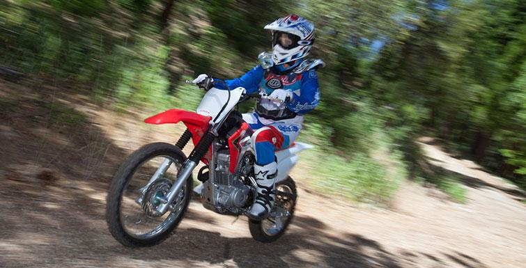 2018 Honda CRF125F Review / Specs - Dirt / Trail Bike - Off Road Motorcycle