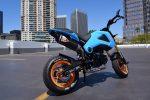 custom-honda-grom-msx125-blue-exhaust-carbon-fiber-two-brothers-sr1-muffler
