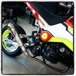 custom-honda-grom-msx125-low-exhaust-swingarm-yellow