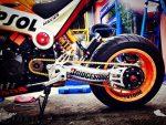 custom-honda-grom-msx125-repsol-orange-wheels-swingarm-cbr1000rr-mini-bike