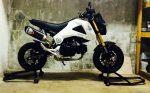 custom-honda-grom-msx125-white-two-brothers-exhaust-wheels-motorcycle