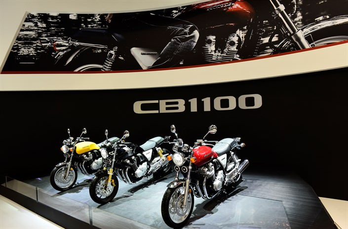 New 2017 Honda Motorcycles / Models Released - 2017 Honda CB1100 EX / RS Retro Bikes