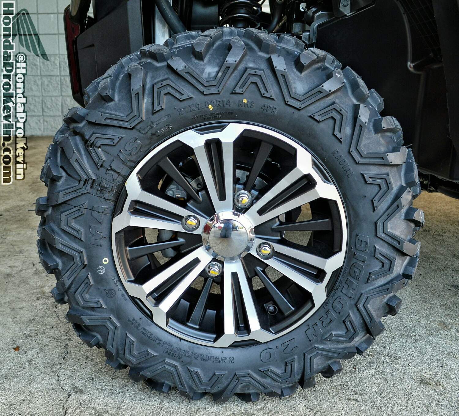Honda Pioneer 1000-5 Tires & Wheels - Review / Specs - Side by Side ATV / UTV / SxS / Utility Vehicle 4x4 - SXS1000 - SXS10M5