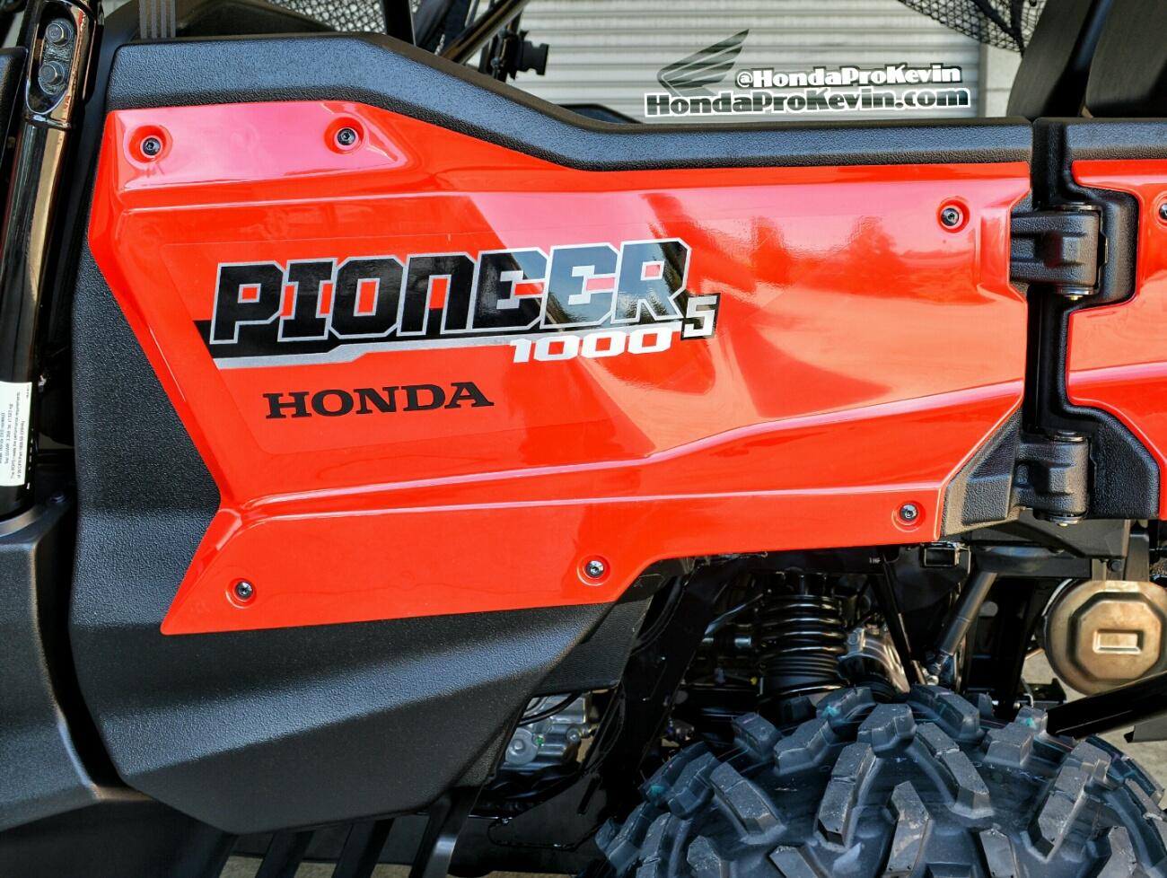2018 Honda Pioneer 1000-5 Review / Specs - Side by Side ATV / UTV / SxS / Utility Vehicle 4x4 - SXS1000 - SXS10M5