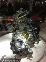 Honda-pioneer-1000-engine-utv-atv-sxs-side-by-side