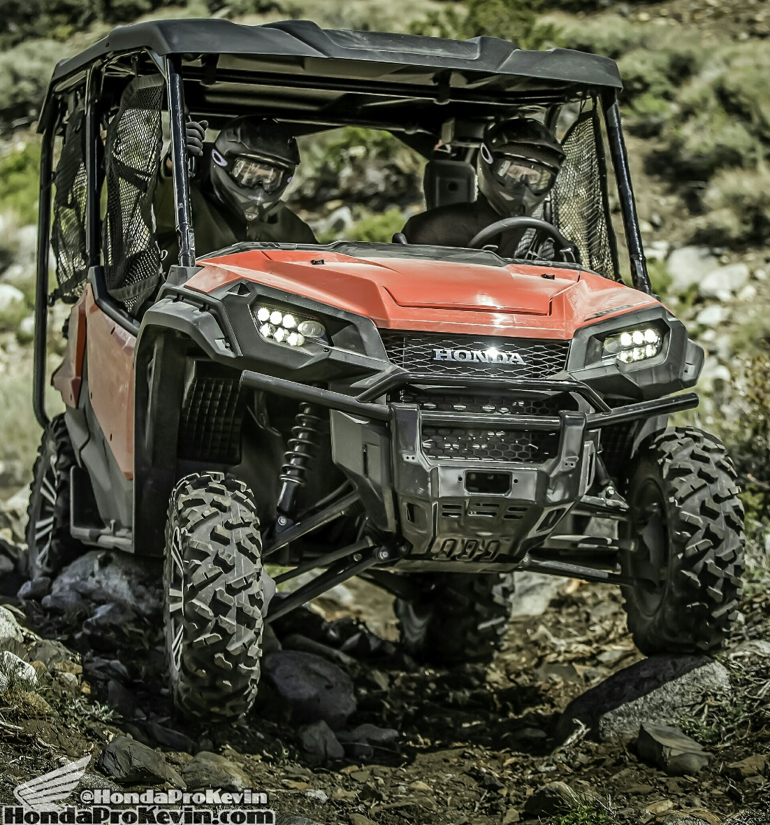 2018 Honda Pioneer 1000-5 Review / Specs - HP Performance / Price / Side by Side ATV / UTV / SxS / 4x4 Utility Vehicle
