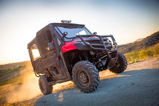 2017 Honda Pioneer 700-4 Review - Specs - Side by Side / UTV / SxS / ATV - SXS700 M4