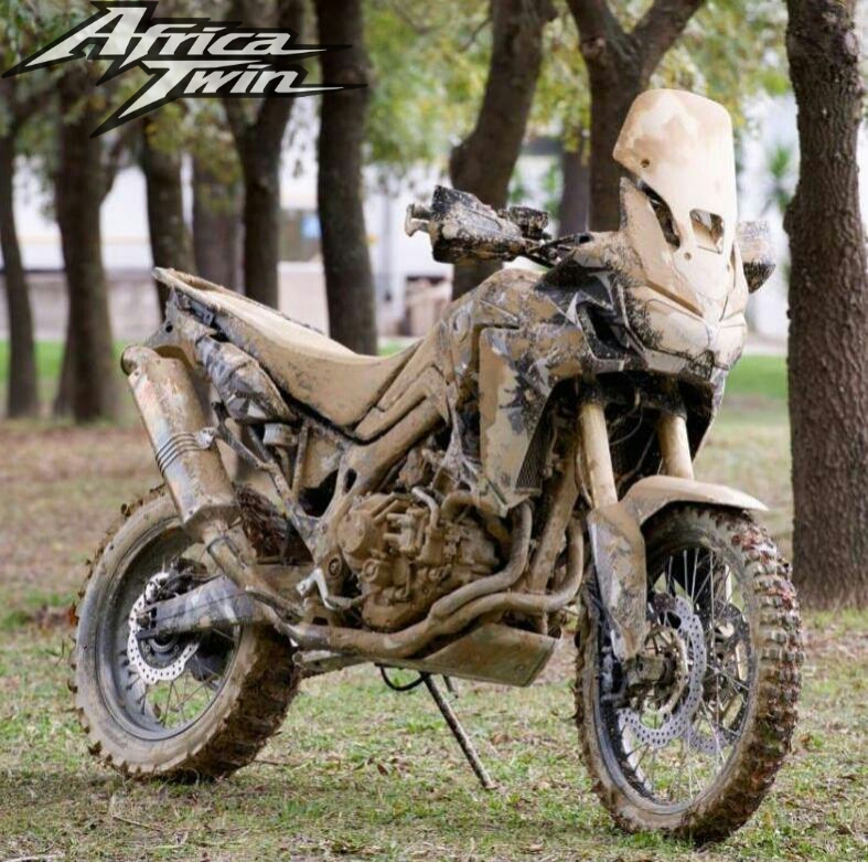 New Honda Africa Twin CRF1000L Adventure Motorcycle Review of Specs / Pictures / Videos / Release Date