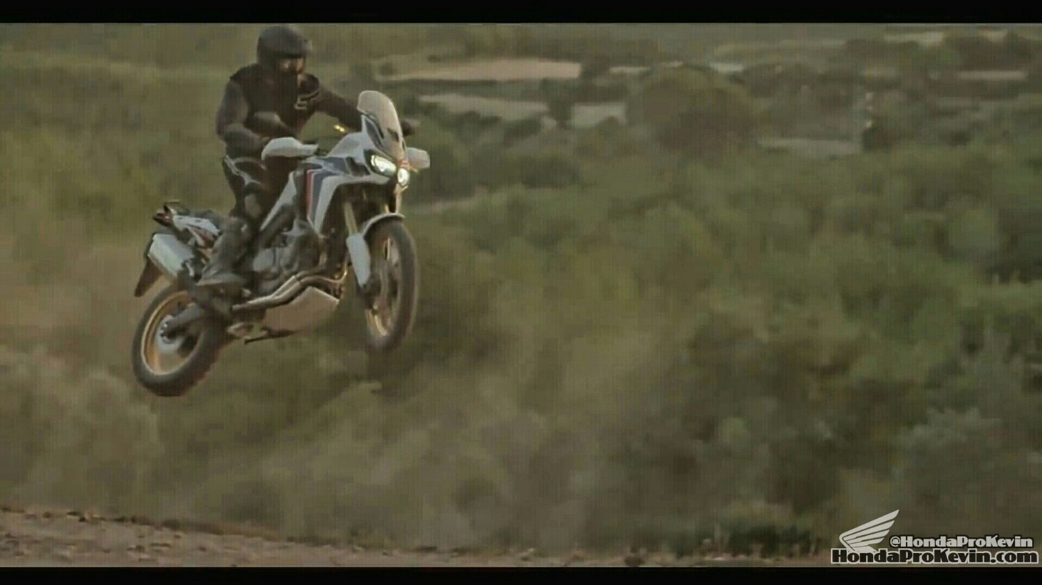 2016 Honda Africa Twin 1000 Review - Specs - Horsepower - Price - Release Date USA - CRF1000L