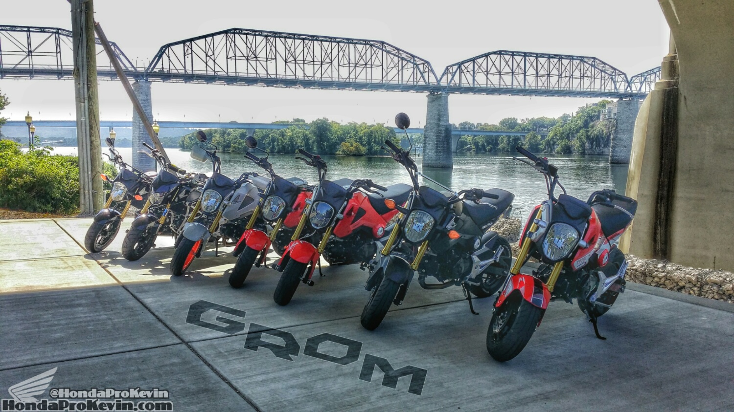 Custom Honda Grom 125 Motorcycle Group Ride