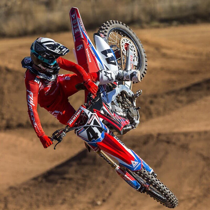 Dirt Bikes Videos >> 2016 Team Honda Hrc Crf450r Video Trey Canard Cole Seely