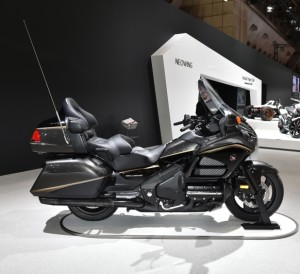 2016 Honda GoldWing Review / Specs / Price / Colors / MPG GL1800