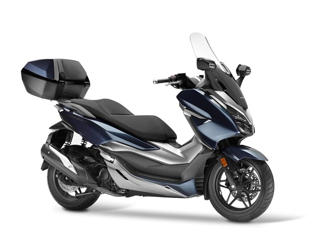 2018 Honda Forza 300 Review / Specs | Scooter with Automatic Transmission / Motorcycle