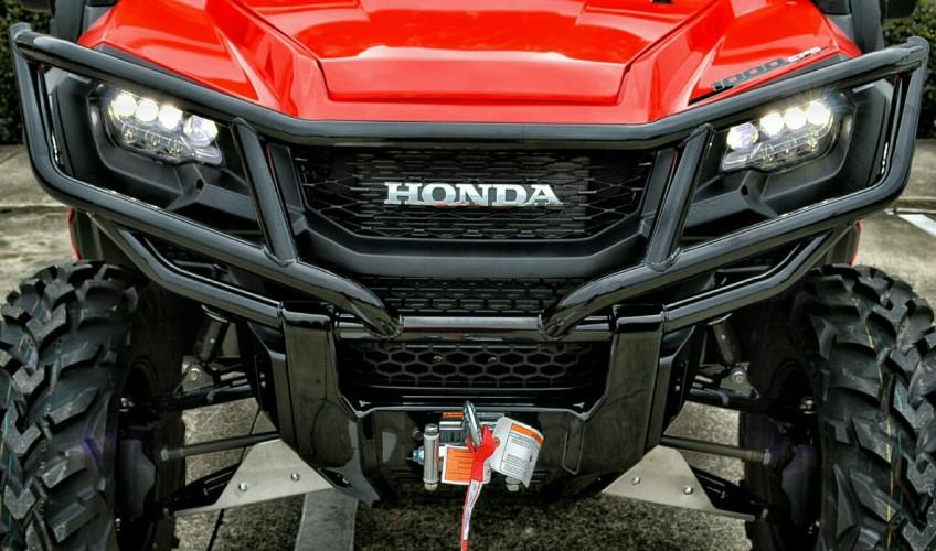 2020 Honda Pioneer 1000 Deluxe Review / Specs + NEW Changes!