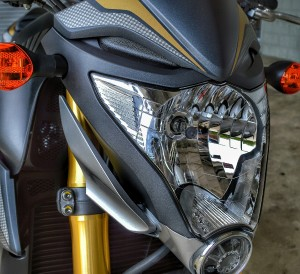 Honda CB1000R Naked Sport Bike Review of Specs / Pictures / Videos / Price Info / CBR1000RR - Chattanooga TN